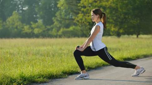 exercise-outside-woman-stock-today-150427-tease_72497df9c4ab67a1d1a016b22206a5af-today-inline-large