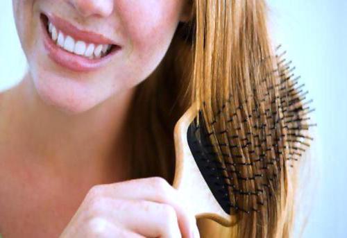 combing-hair (1)